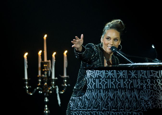 Alicia Keys In Concert At Palais Des Congres