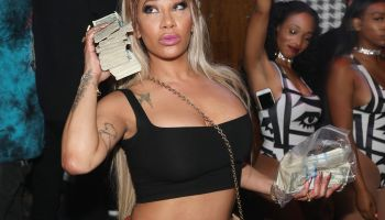 Moula Mondays Hosted By Hazel E And Alexis Skyy