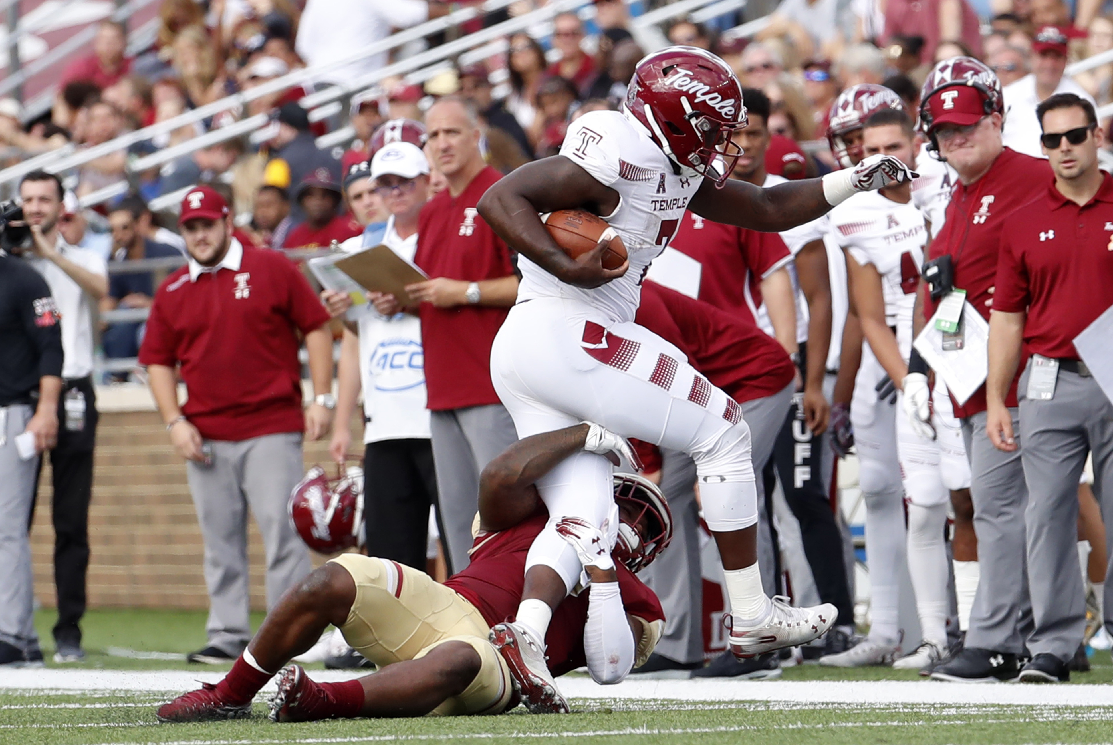 COLLEGE FOOTBALL: SEP 29 Temple at Boston College