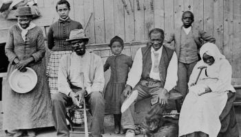 Harriet Tubman With Slaves She Helped During the Civil War